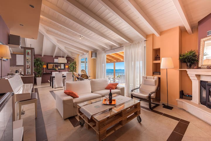 Villa 120 qm with panoramic view of sea & mountain