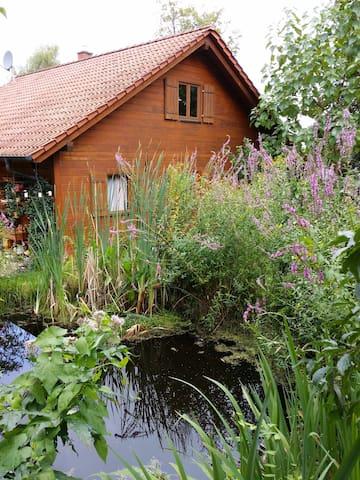 Einliegerwohnung mit eigener Terasse - Remscheid - Casa