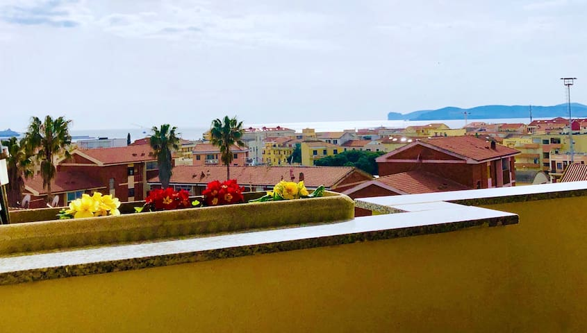 Alghero, high floor with amazing sea view