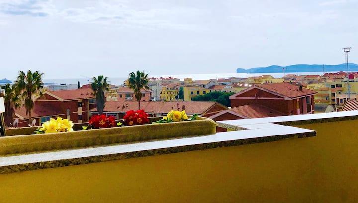 Alghero, high floor with amazing sea view