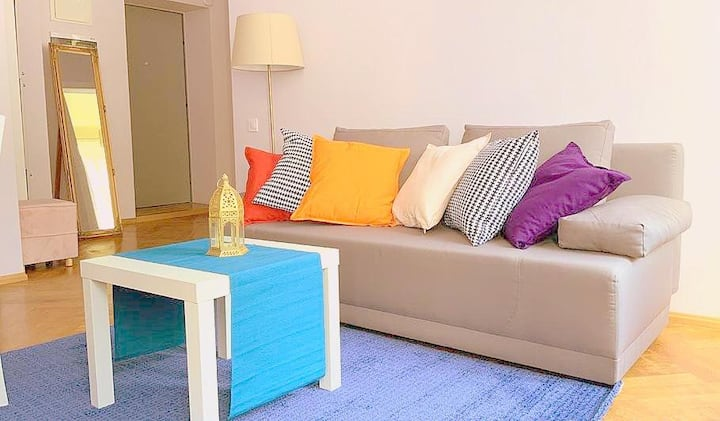 Comfortable apartment at the center (long stay)