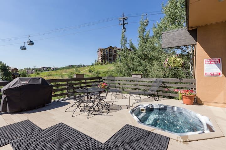 Sink into a bubbling hot tub at the on-site clubhouse.