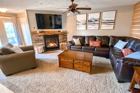 Remodeled Summit Condo at Snowshoe! Stay Luxurious