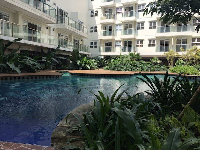 Gateway Pasteur Apartment 2BR - Bandung - Appartement