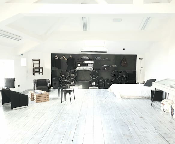 Town Cente Loft Apt - Five Star Sanitised Cleaning