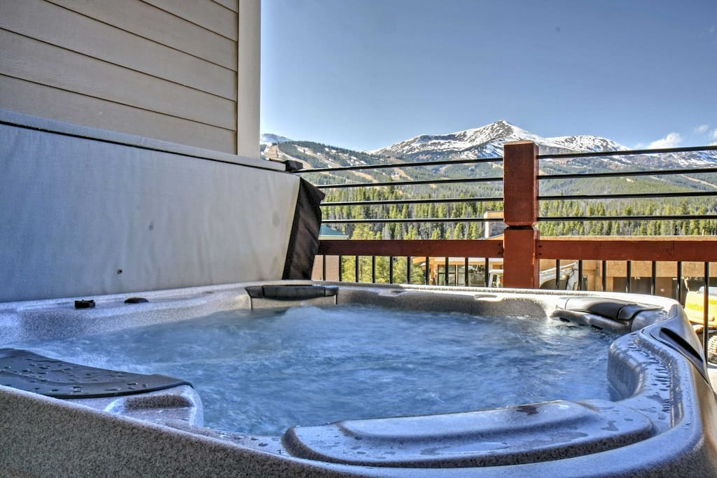 Unwind in the hot tub with a front row view of the mountains.
