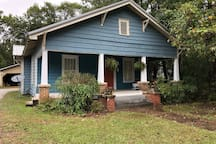 Historical home in dtwn Northport 4 mi to stadium