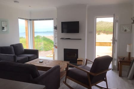 The Beach House - Cruden Bay - 一軒家