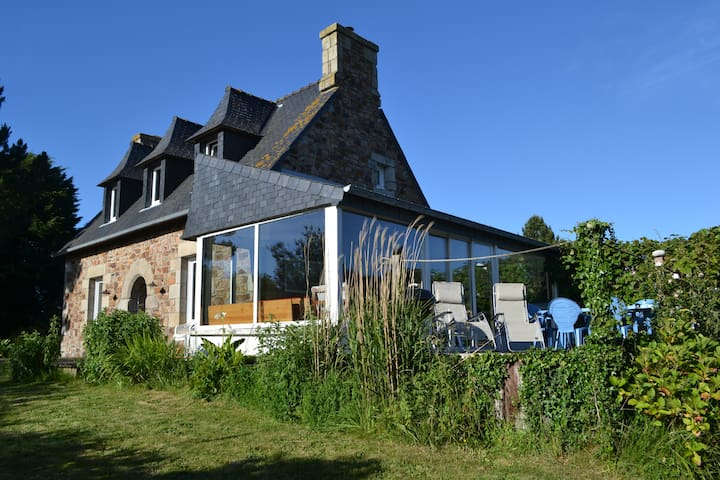 Large house by the sea (50m) - Penvénan - Haus