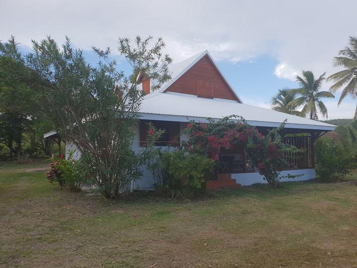 belle villa dans vaste propriété à 2 pas de la mer