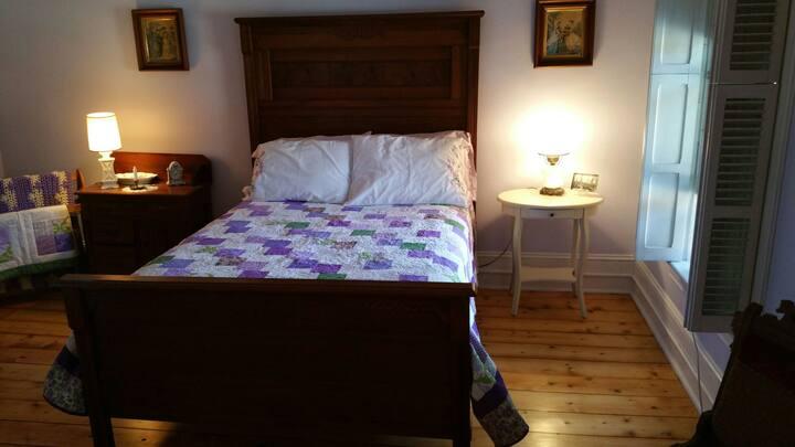 The Greene House Inn Lavender Room