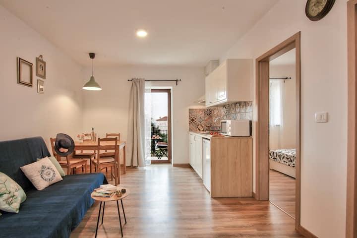 Apartments Tiny Garden - Mint 2+1
