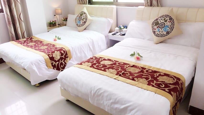 标准双床房(双可拼大)
