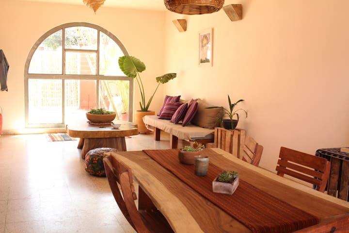 Posada Hagarita, quiet home close to the center