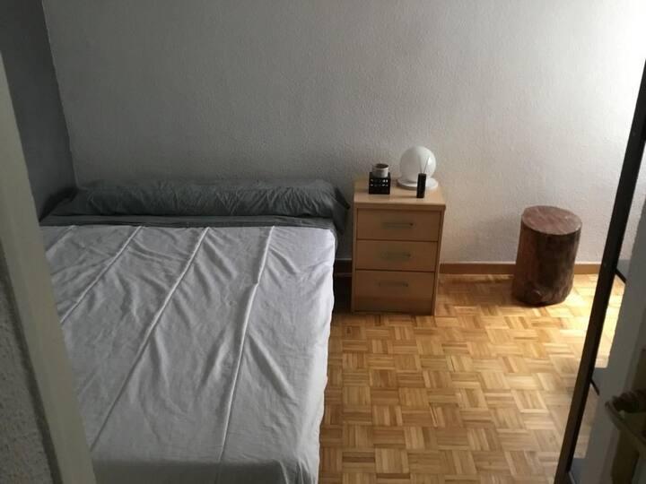 Habitación barata centro de Madrid