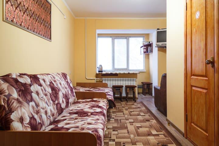 квартира-студия на пр. Центральном Wi-Fi 3 дивана - Mykolaiv - Apartment