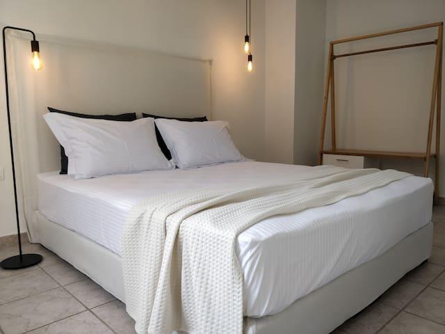 Sivilla Economy room for 3 or 4 in Afytos