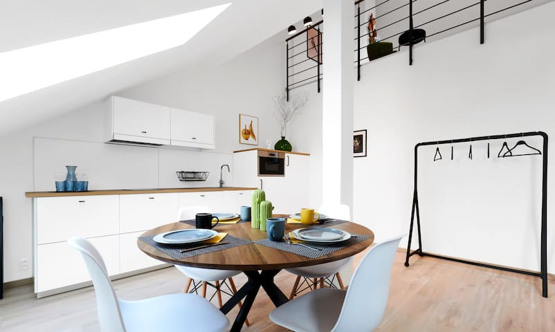 LOFT RIVERSIDE HONEST Apartment for 4 people