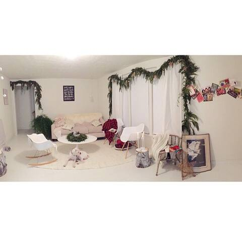 Artsy Garden Cottage - Hermiston - Talo