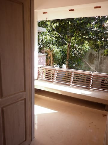 10 min walk distance from rly stn - Thiruvananthapuram - บ้าน