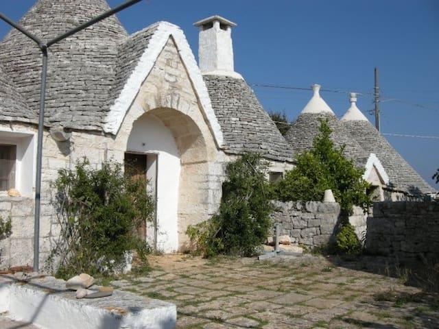 Villa con Trulli tra Monopoli e Alberobello - Santa Lucia - Villa