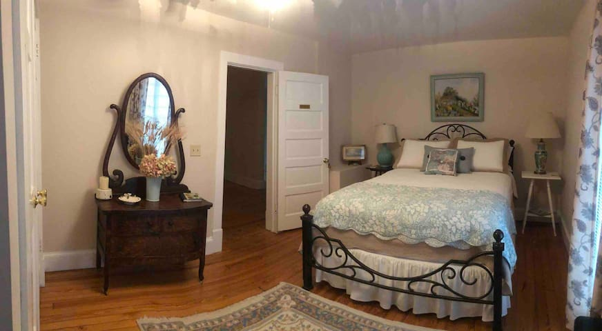 Rumsey Room / Brookside Manor