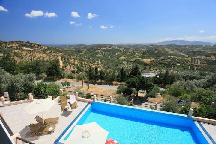 Villa Zeus,Loutraki,Heraklion,Crete,Greece