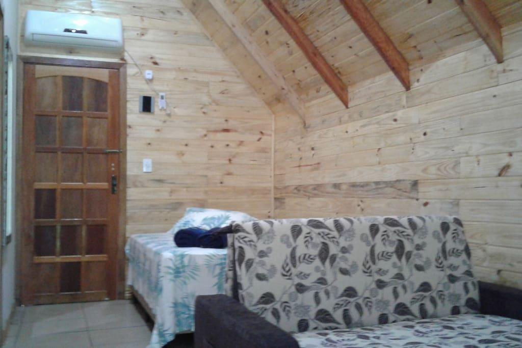 Cama box e sofá cama