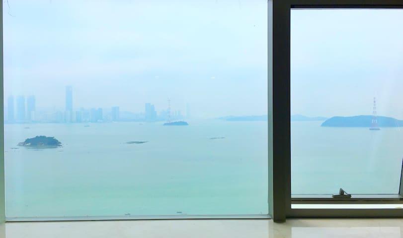客厅窗户,实拍哦~