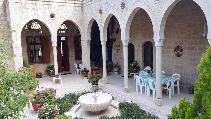 Villa Des Arcades - Deir El Qamar