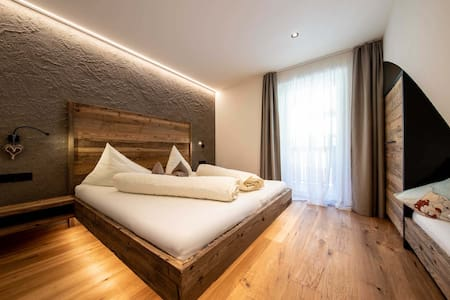 """Modern Holiday Apartment """"Sonnleiten Dolomiten Residence - Apt. 7 Sterngucker"""" with Wi-Fi, Balcony, Spa Area and Mountain View; Parking Available"""