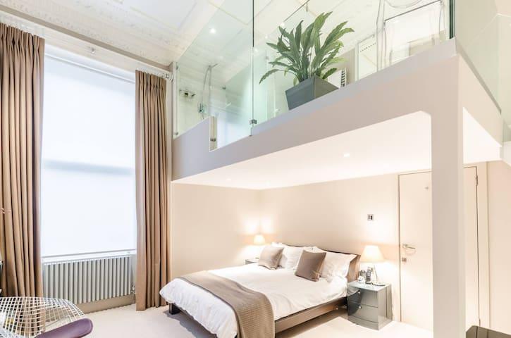 2 bedroom De Vere Gardens, Kensington