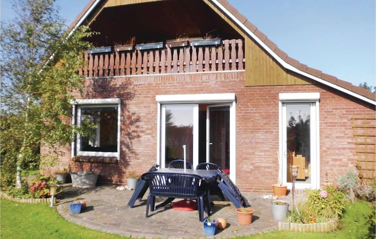 Holiday cottage with 4 bedrooms on 155 m² in Dagebüll