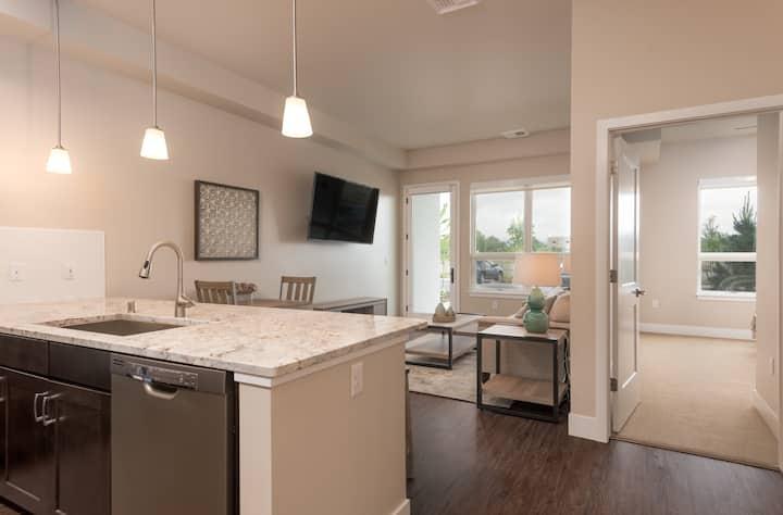 Beautiful,Executive Apartment in heart of Missoula