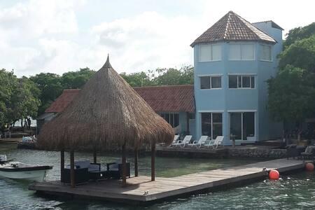 Isla Fragata. Rosario Islands. - Cartagena - Pulau
