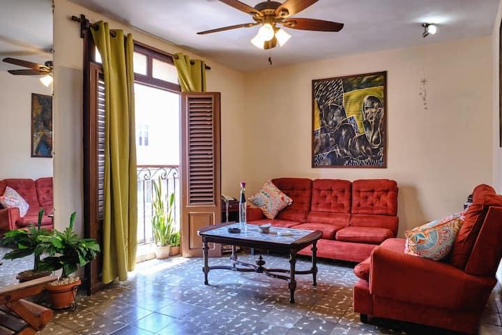 ★ Apartment Lusrosaro (WiFi) ★ Malecon Habanero