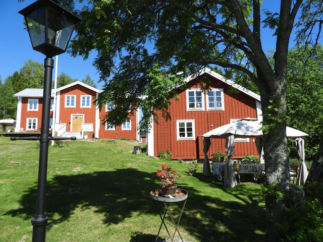 Pelle Åbergsgården a fully equiped farmhouse
