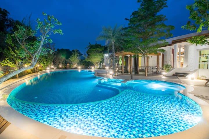 豪华五星泳池别墅6间房 - Nong Kwai - Villa