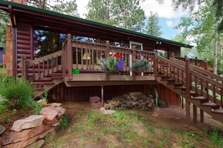 Rustic Historic Colorado Mountain Cabin Pikes Peak