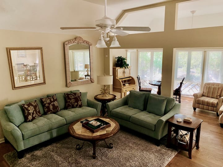 Turtle Cove 2BR villa with full resort amenities