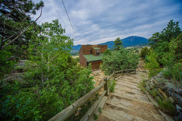 Top Views & Hot Tub Near Rocky Mountain Nat'l Park - Estes Park - Lejlighed