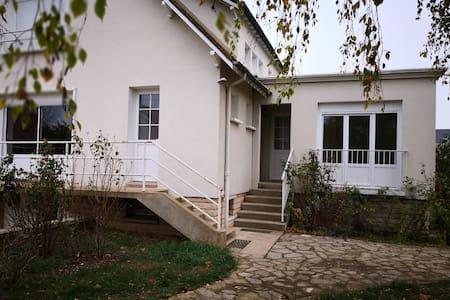 Chambre type studio 2 personnes Auxerre