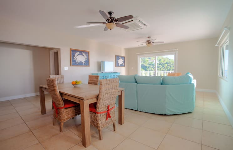 Close to town with great views and modern comforts