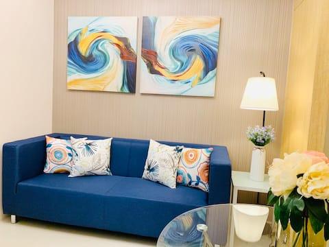 The Blue Suite @Grass ResT4 w/Balcony,WIFI+NETFLIX