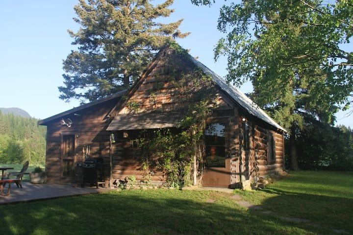 Baptiste - Trapper's Cabin