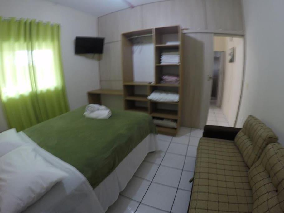 quarto cama + sofá cama