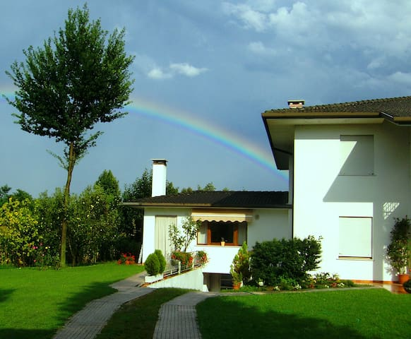 Bed & Breakfast Veneto Centrale - Castello di Godego - Penzion (B&B)