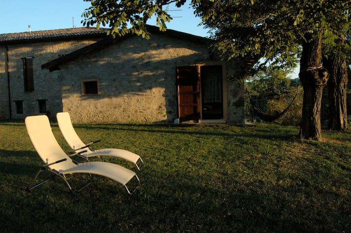 Villetta in sasso nell'Appennino - Zocca - House