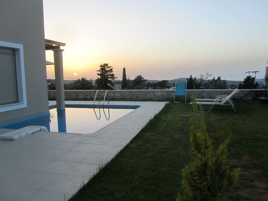 The relaxing pool area to enjoy the sunset!