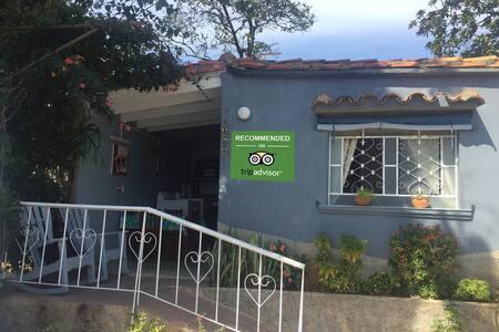 Casa El Naranjo (in  the center of the town +Wifi)